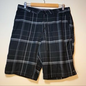 O'Neill   Black Plaid Shorts   Size 34